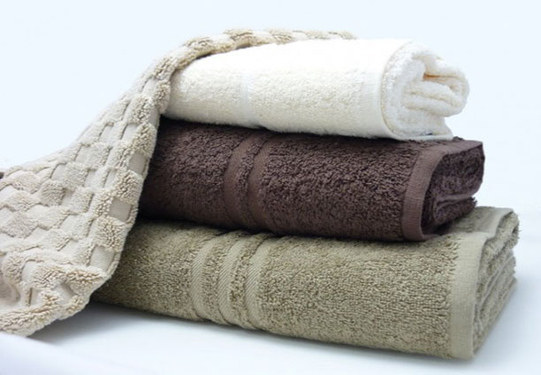 Blue Label towel range with bath mats to match available. 500gsm towels, a good mid-range, hard wearing towel.